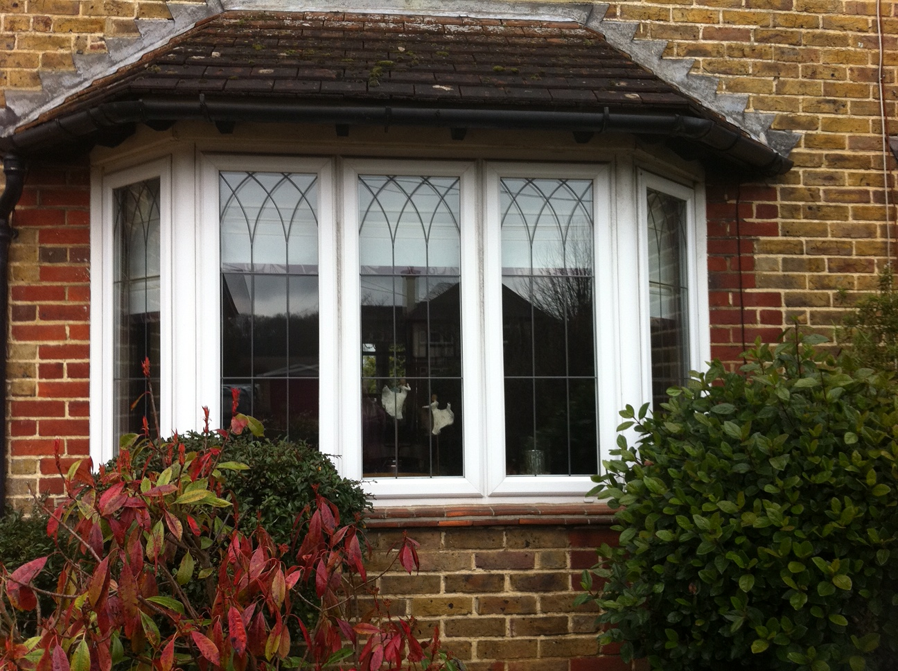 Bay Window with lead design